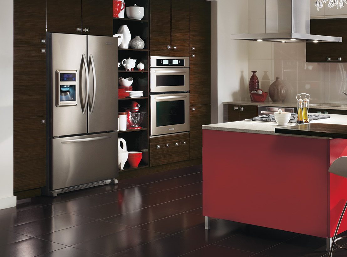 Modern Horizontal Kitchen Cabinets