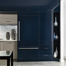 Kitchen with deep blue acrylic cabinets
