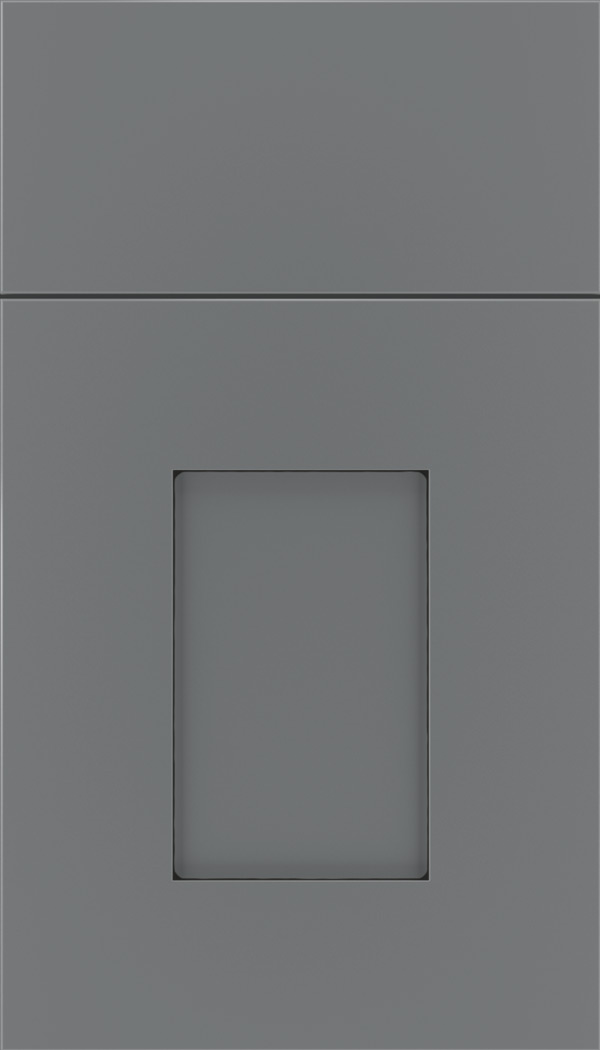 Newhaven Maple shaker cabinet door in Cloudburst with Black glaze