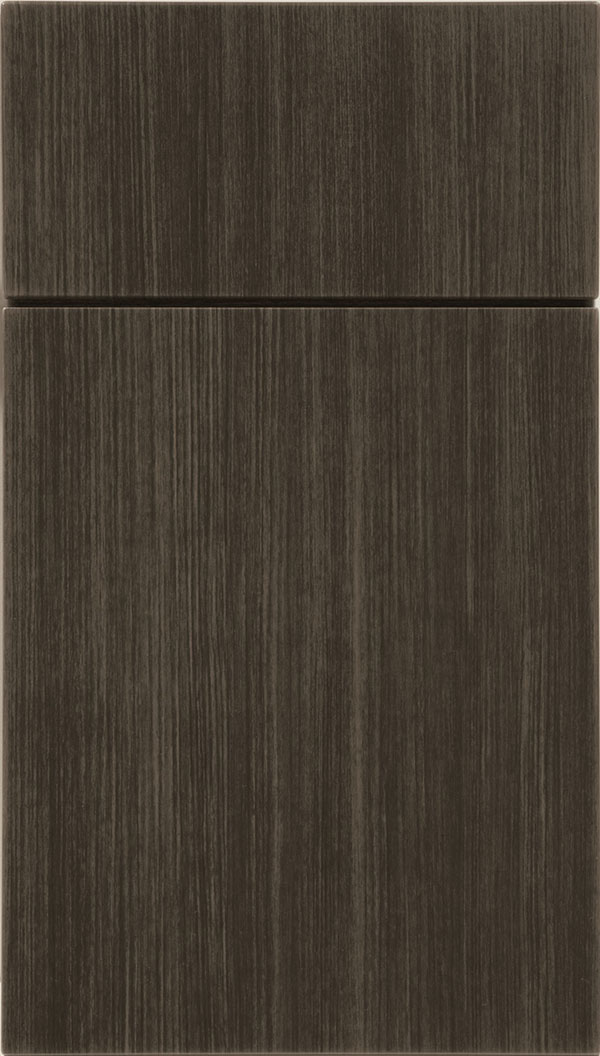 Soho Thermofoil cabinet door in Woodgrain Chillagoe
