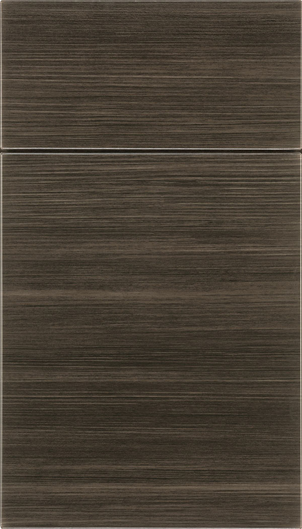 Soho Horizontal Thermofoil cabinet door in Woodgrain Chillagoe