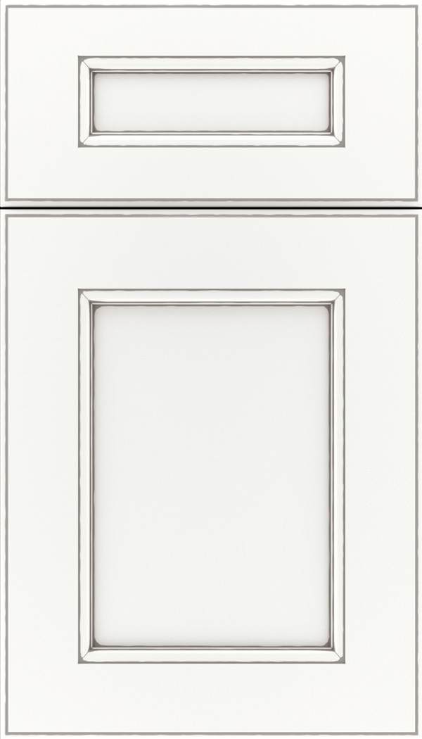 Tamarind 5pc Maple shaker cabinet door in Whitecap with Pewter glaze