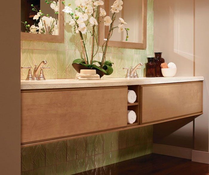 Light Maple Cabinets in a Contemporary Bathroom