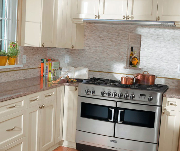 Good ... Off White Cabinets In Casual Kitchen By Kitchen Craft Cabinetry ...
