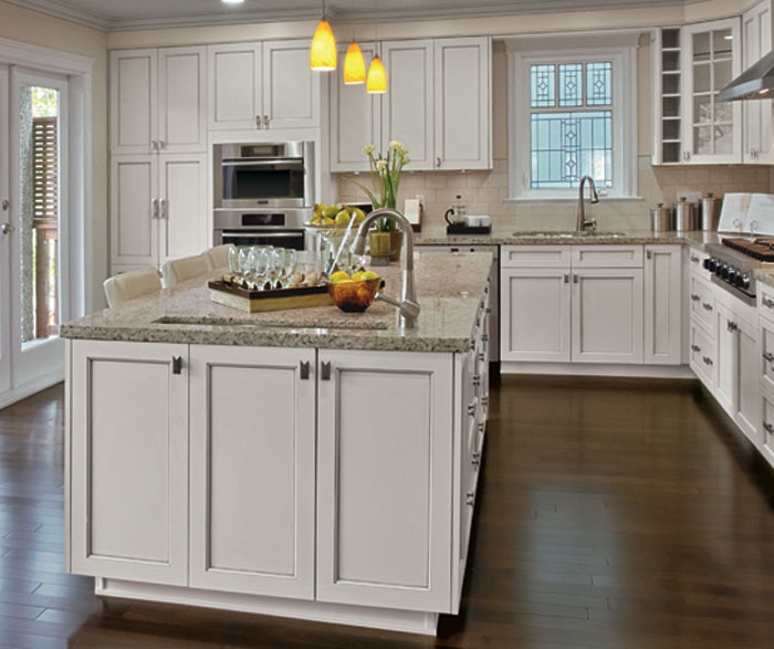 Painted Kitchen Cabinets in Alabaster Finish