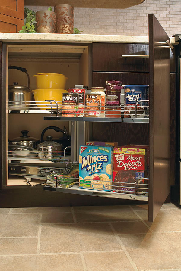 Magic corner kitchen craft cabinetry for Kitchen craft cabinets