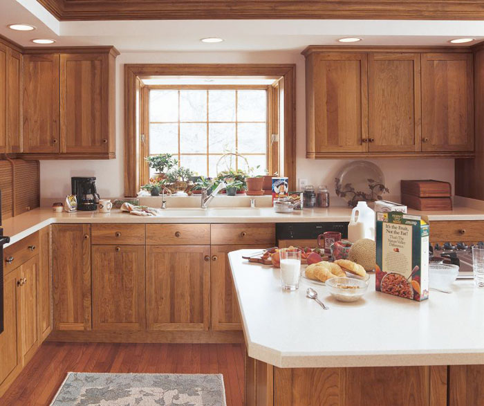 Cherry shaker cabinets in rustic kitchen kitchen craft for Kitchen craft cabinets home depot